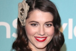 12-mary-elizabeth-winstead